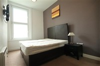 City Apartment, City Centre (SOU), 1 bed Apartment / Flat in City Centre-image-5