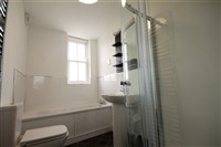Belle Grove Terrace, Spital Tongues, (RSb), 5 bed Apartment / Flat in Spital Tongues-image-3