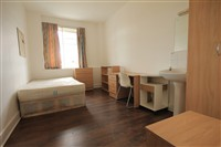 Rubicon House, City Centre (Flat RR), 5 bed Apartment / Flat in City Centre-image-4