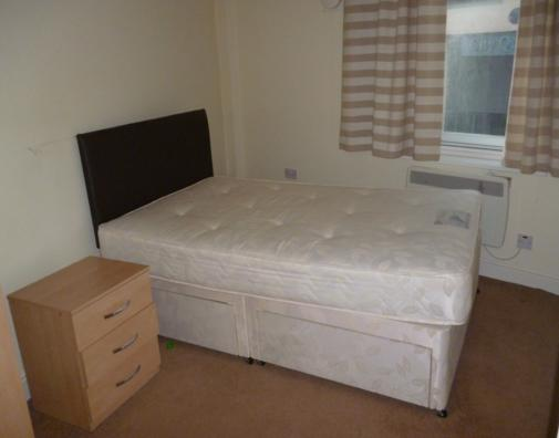 Westmorland Road, City Centre (Flat RS, SU), 1 bed Apartment / Flat in City Centre-image-3