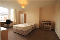 Wolseley Gardens, Jesmond Vale (TV), 6 bed Maisonette in Jesmond-image-3