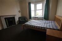 Simonside Terrace, Heaton (UW), 4 bed Terraced in Heaton-image-9