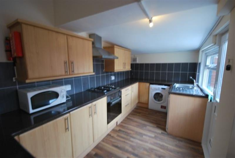 Doncaster Road, Sandyford (RUY), 3 bed Apartment / Flat in Sandyford-image-2