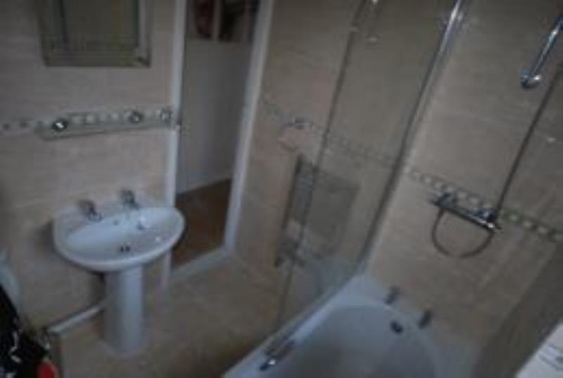 Doncaster Road, Sandyford (RUY), 3 bed Apartment / Flat in Sandyford-image-3