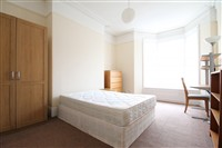 Hazelwood Avenue, Jesmond (Y0), 3 bed Apartment / Flat in Jesmond-image-2