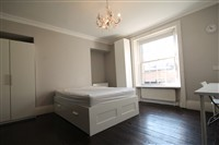 St Thomas Crescent, City Centre (RR), 4 bed Terraced in City Centre-image-4