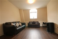 Grainger Street, City Centre (Flat RW,WO), 3 bed Apartment / Flat in City Centre-image-1