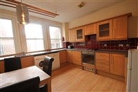 Grainger Street, City Centre (Flat RW,WO), 3 bed Apartment / Flat in City Centre-image-2
