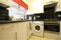 Tindal Close, City Centre (RV), 4 bed House Share in City Centre-image-7