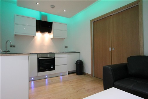Falconars Court, City Centre (W), 2 bed Apartment / Flat in City Centre-image-15