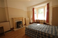 First Avenue, Heaton (RR), 4 bed Terraced in Heaton-image-3