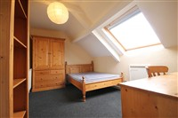Westgate Road, Westgate Hill (S,SVY), 1 bed House Share in City Centre-image-2