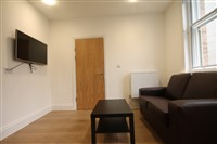 The Bruce Building, City Centre (SZ), 1 bed Apartment / Flat in City Centre-image-1
