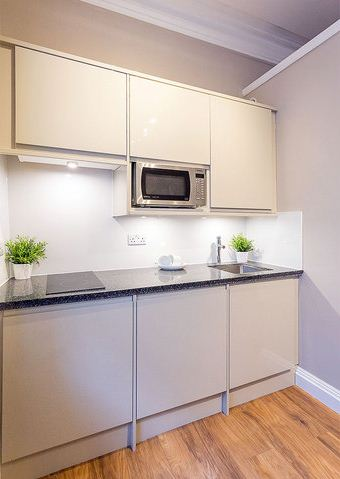Dean Street, City Centre (R), 1 bed Apartment / Flat in City Centre-image-3
