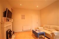 Third Avenue, Heaton (XY), 3 bed Apartment / Flat in Heaton-image-6