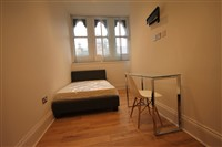 Chaucer Building, City Centre (T0R), 3 bed Apartment / Flat in City Centre-image-7