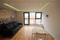 Falconars House, City Centre (T0), 1 bed Apartment / Flat in City Centre-image-1