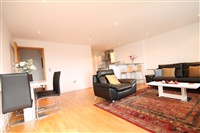 St. Anns Quay, Quayside (UW), 2 bed Apartment / Flat in City Centre-image-1