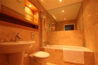 St. Anns Quay, Quayside (UW), 2 bed Apartment / Flat in City Centre-image-3
