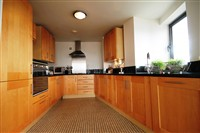Baltic Quay, Gateshead Quayside (TY), 2 bed Apartment / Flat in Quayside-image-8