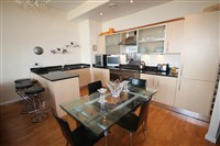 55 Degrees North, City Centre (P2LVLR0), 3 bed Apartment / Flat in City Centre-image-2