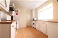 Heaton Grove, Heaton (RY), 1 bed House Share in Heaton-image-3