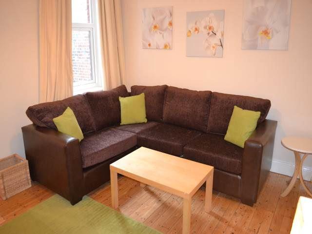 Deuchar  Street, Jesmond (SU), 3 bed Apartment / Flat in Jesmond-image-5