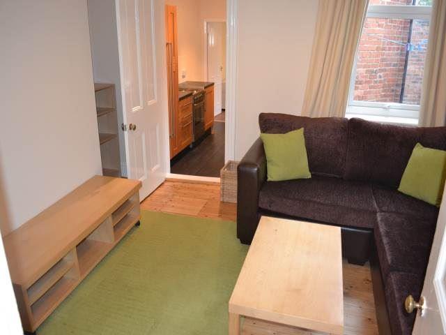 Deuchar  Street, Jesmond (SU), 3 bed Apartment / Flat in Jesmond-image-6