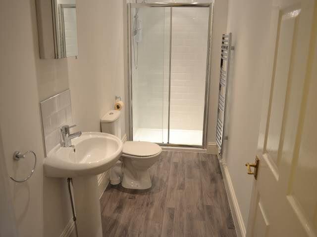 Deuchar  Street, Jesmond (SU), 3 bed Apartment / Flat in Jesmond-image-9