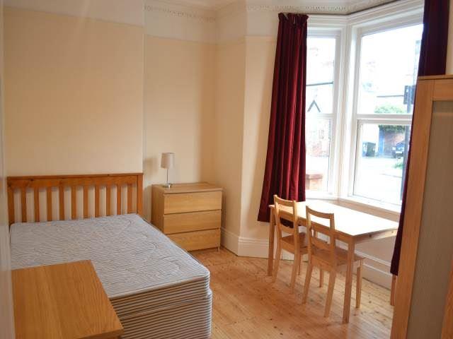 Deuchar  Street, Jesmond (SU), 3 bed Apartment / Flat in Jesmond-image-10