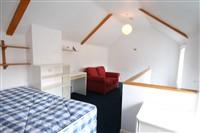 Victoria Square, Jesmond (ROf), 1 bed Apartment / Flat in Jesmond-image-2